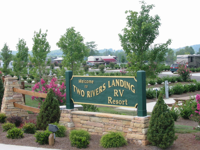 sevierville tn website with Gallery on Smoky Mountain Deer Farm And Exotic Petting Zoo 5169745 together with LocationPhotoDirectLink G55328 D1747381 I86269226 Wyndham Vacation Resorts Great Smokies Lodge Sevierville Tennessee in addition Waterparks as well 434508 additionally Sevier Air.